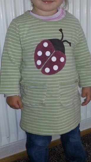 Kleid aus altem Langarmshirt 2