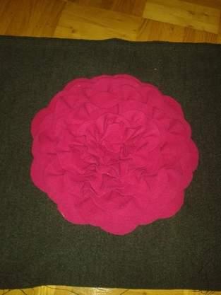 Makerist - Blütenkissen - 1