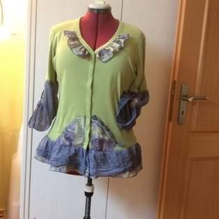 Makerist - Langshirt,  upcycling Tshirtjacke und Bluse, für mich. - 1