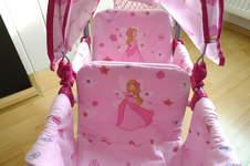 Makerist - Neuer Bezug für den Puppenwagen - 1
