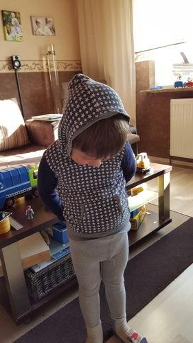 Makerist - Hoddy mit Kängurutasche - Lieblingspullover für Kids  - Nähprojekte - 1