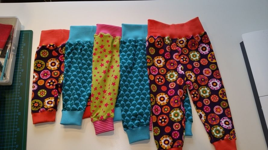 Makerist - Pumphosen für Kids - Nähprojekte - 1